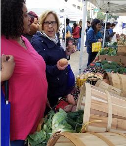 clients at produce market